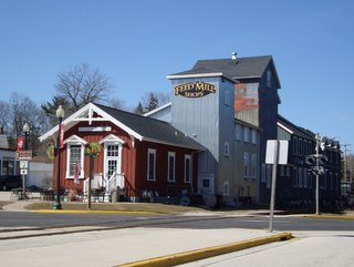 Elkhart Lake Shops and Galleries